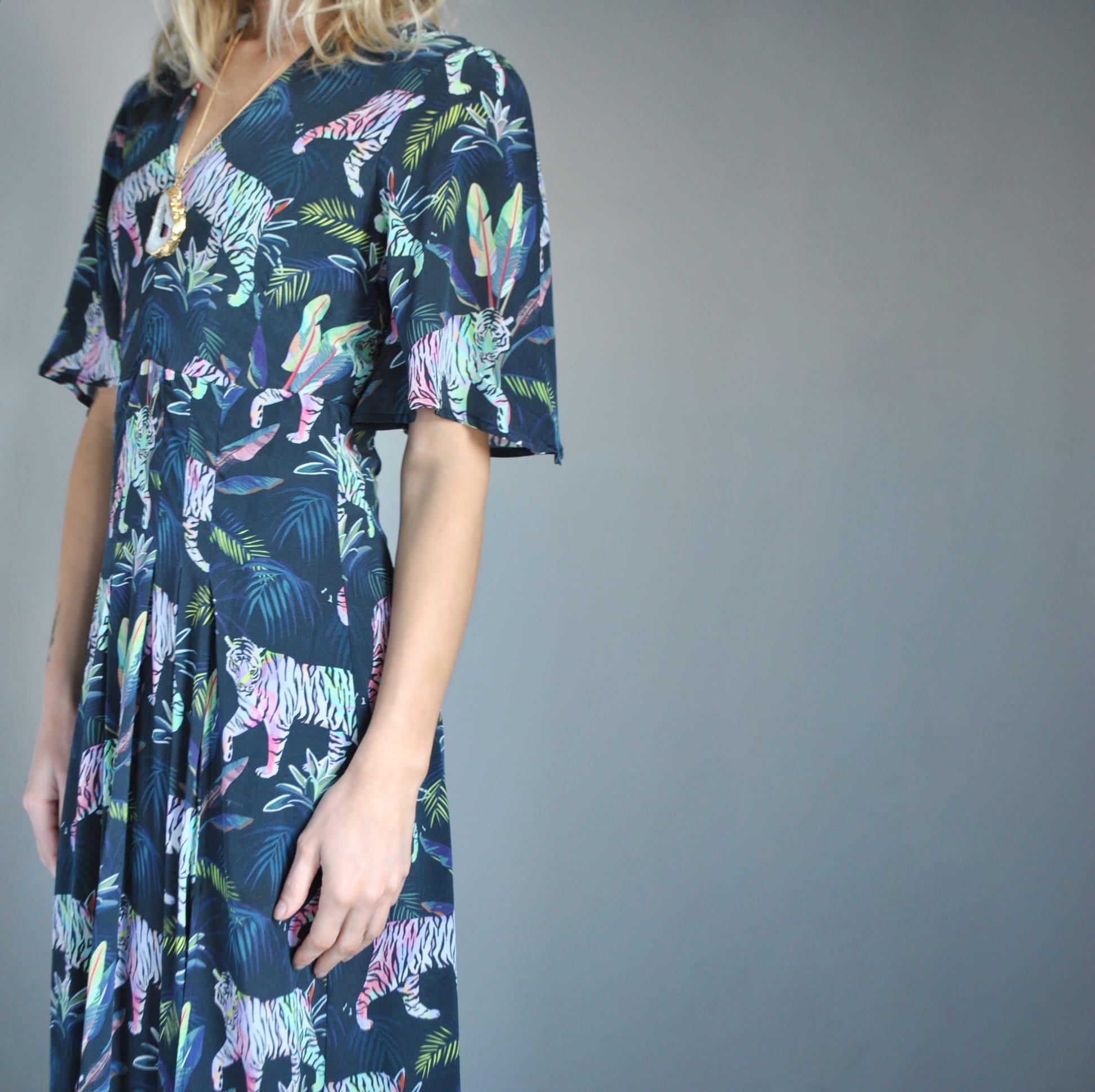 Pyrus-tiger-dress